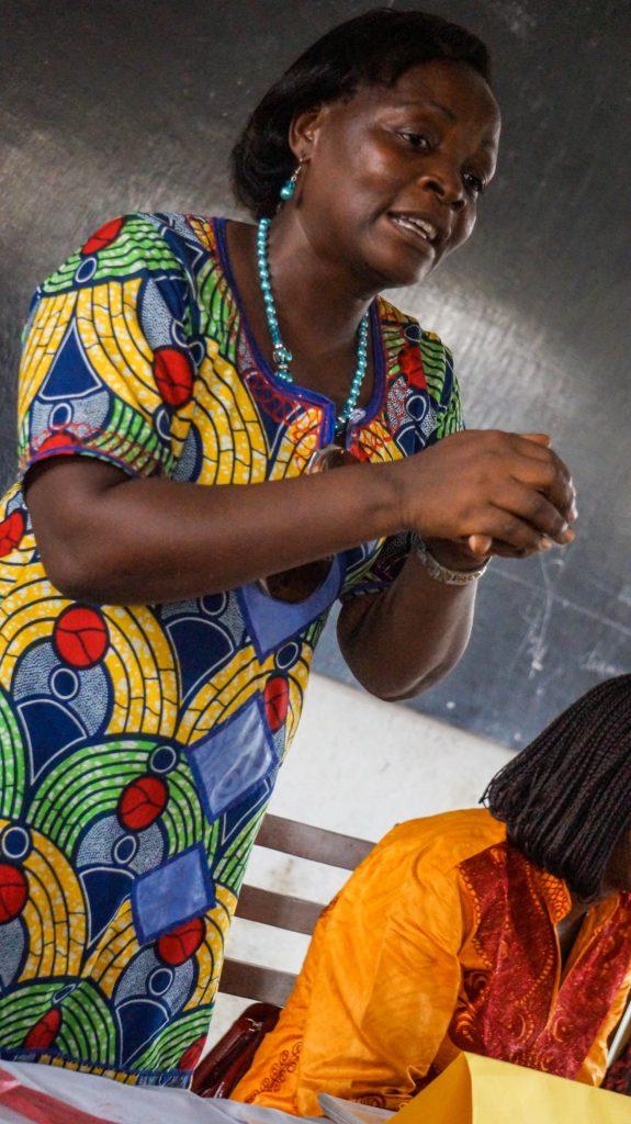 Omere Ouandji enseignante avec LPA au lycee de bepanda